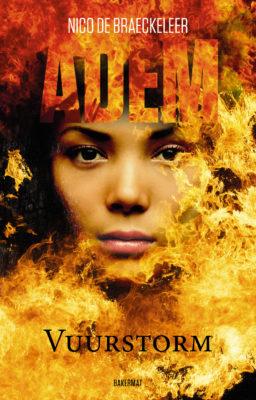 Portret van een meisje in een zee van vlammen